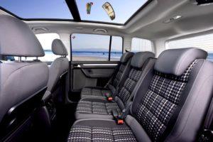 Volkswagen Touran – семиместный компактвэн на платформе VW Golf