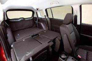 Mazda 5 – надёжный Японский семейный минивэн