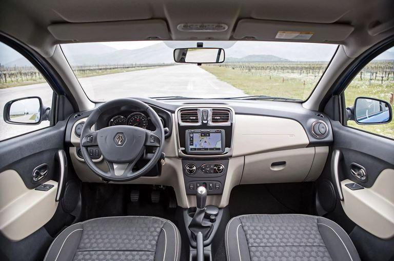 Renault Logan дорестайлинг второе поколение, все о модели