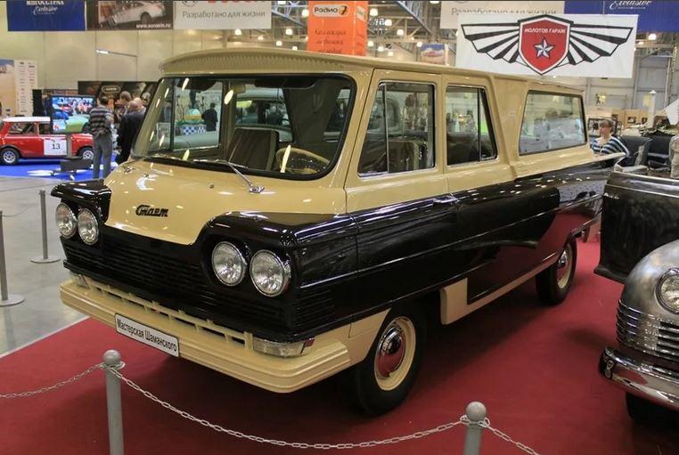 """автомобиль """"Старт"""", спроектированный в 1963 товарищем Антоновым в Луганске."""