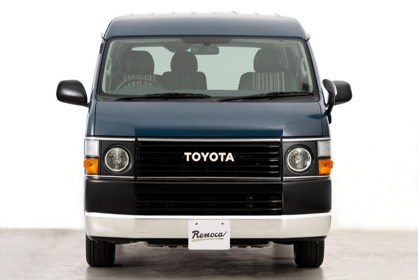 Новая Toyota Hiace в ретро стиле