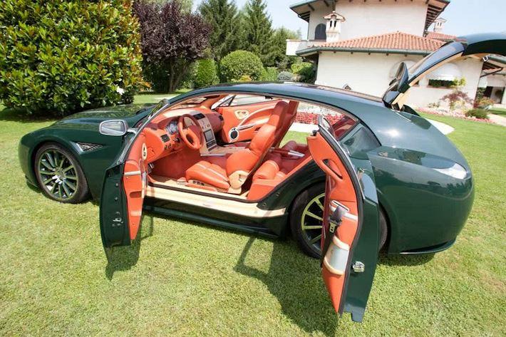 Необычный универсал от Aston Martin. История универсала.