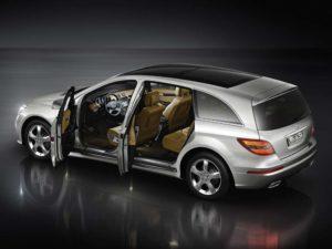 Mercedes-Benz R-Class – премиальный семейный автомобиль