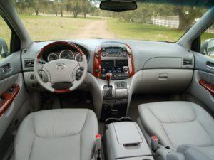 Toyota Sienna II – лучший из семейных минивэнов