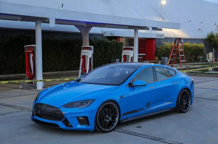 Tesla против Lamborghini