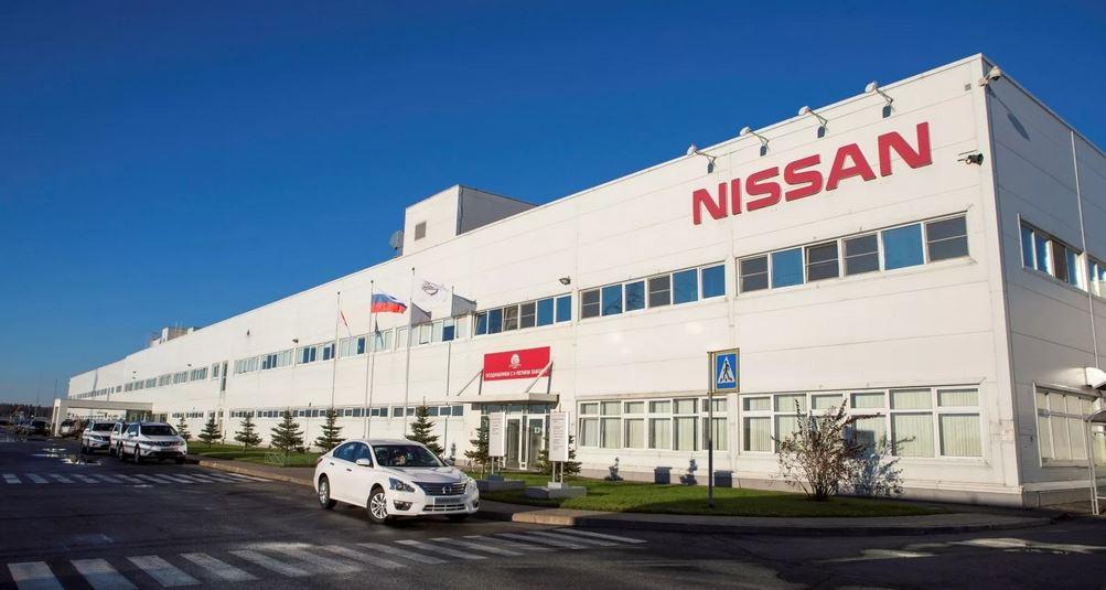 завод Nissan уволит больше 20% своих сотрудников