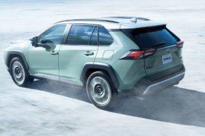 Toyota RAV4 неожиданно стала продаваться на родине