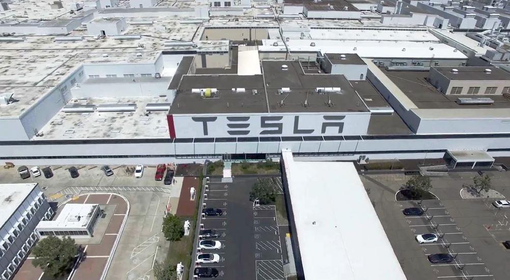 Илон Маск подал в суд на власти Калифорнии Автозавод Tesla