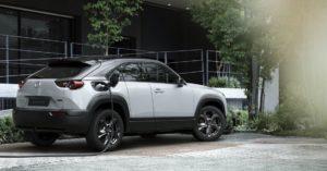 Mazda начала сборку своего электрического кроссовера