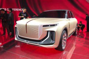 Роскошный электрический кроссовер из Китая в стиле Rolls-Royce