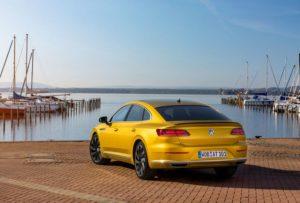 Volkswagen Arteon в кузове лифтбэк добрался до РФ. Старт продаж, цены.