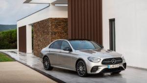 Mercedes E-Class 2020 стали известны цены для России