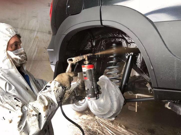 Обработка кузова антикоррозийными средствами.  как подготовить  автомобиля к холодному времени года