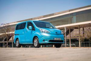 Nissan E-NV200 электрический минивэн