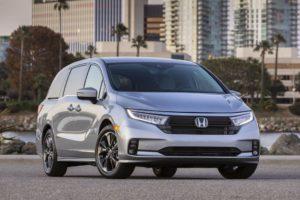 Honda Odyssey 2021 с расходом топлива 8,4 л/100 км.