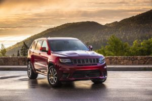 Jeep Grand Cherokee 2021 первые фото интерьера