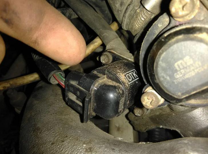 Датчик положения дроссельной заслонки - ДПДЗ. Основные неисправности двигателя. Троит, не заводиться, глохнет, газует сама.