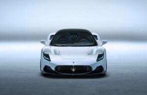 Maserati MC20 новый суперкар из углеродного волокна