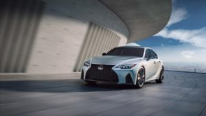 Lexus IS 2021 названа стоимость новинки
