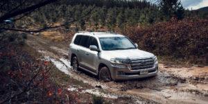 Toyota Land Cruiser 300 обещают продажи в 2021 году