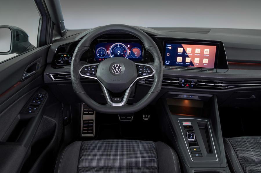 Volkswagen Golf GTD 2020 салон
