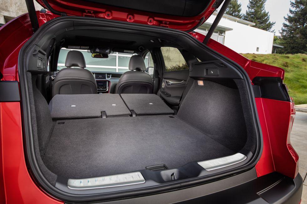 Infiniti QX55 багажник