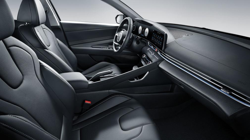 Новая Hyundai Elantra салон