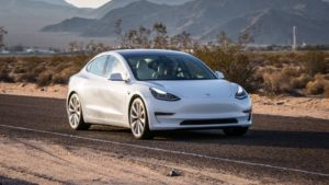 Электромобиль Tesla за 25 000 $ будет продаваться по всему Миру