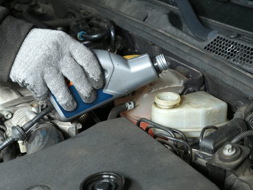 Все о замене тормозной жидкости