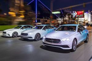 Mercedes-Benz E класса 2021 королевская роскошь