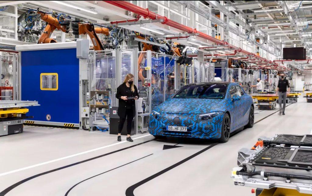 Mercedes-Benz EQS Более миллиона электромобилей продали в Европе в 2020 году
