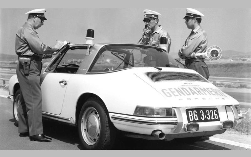 Самые интересные полицейские машины
