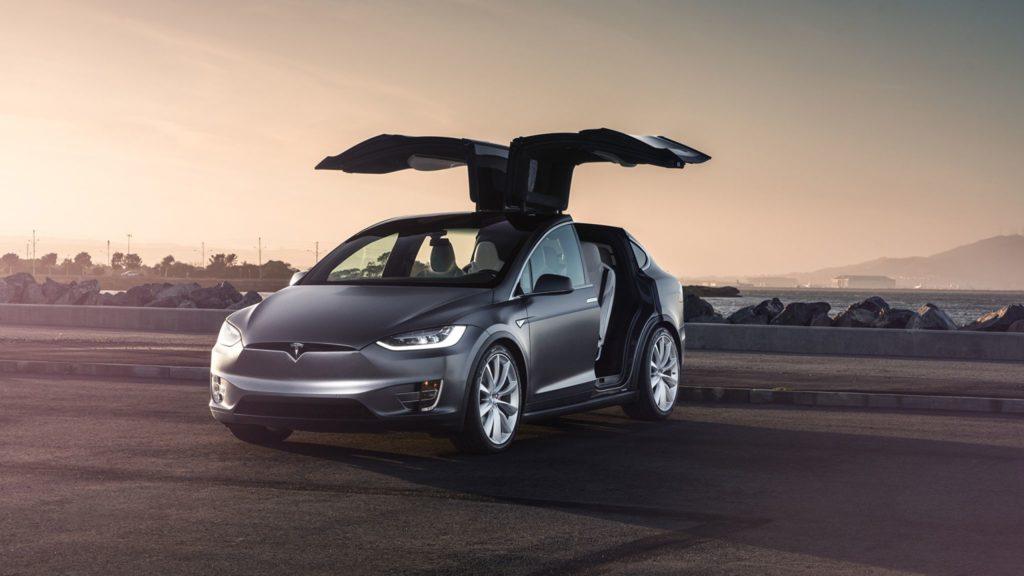 Продажи Tesla
