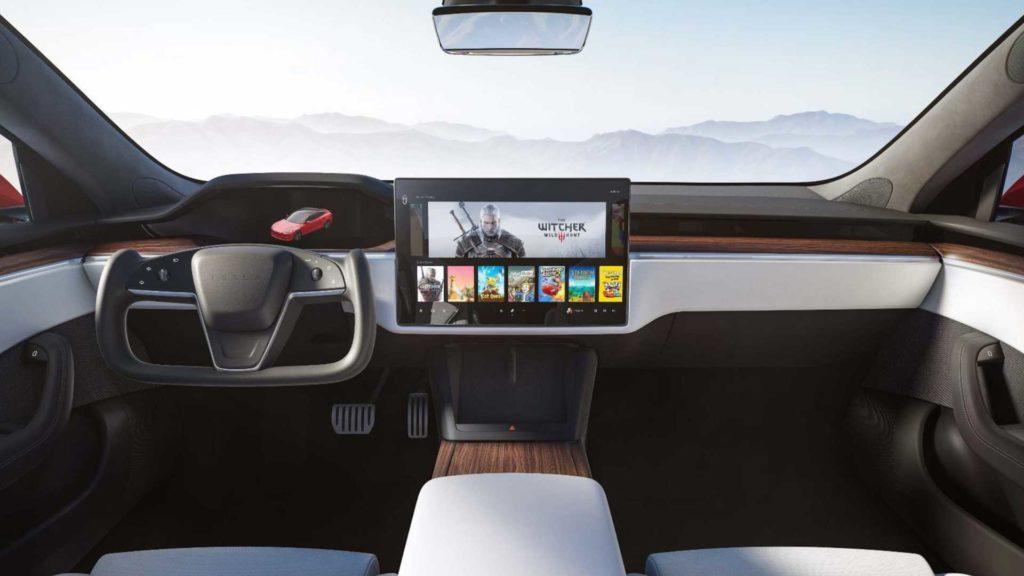 Новый руль Tesla