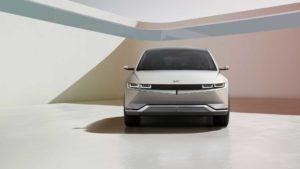 Hyundai IONIQ 5 2021 показал себя как гладкий, стильный CUV