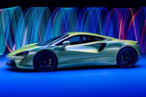 McLaren Artura мировая премьера гибридного суперкара