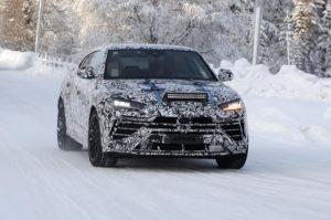 Новый Lamborghini Urus замечен на зимних тестах
