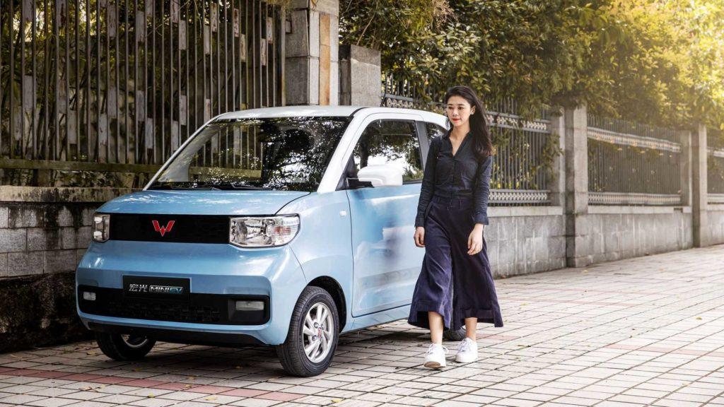 Продажи электромобилей в 2020