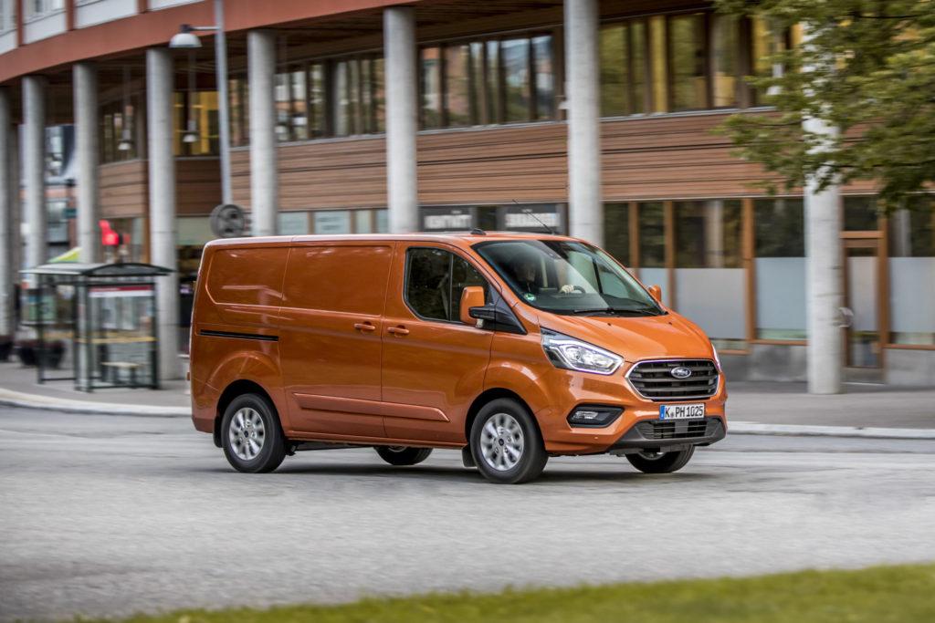Электрический Ford Transit Custom