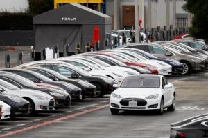 Поставки Tesla в первом квартале побили предыдущий рекорд