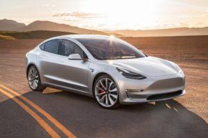 Model 3 возвращается на вершину продаж электромобилей в феврале