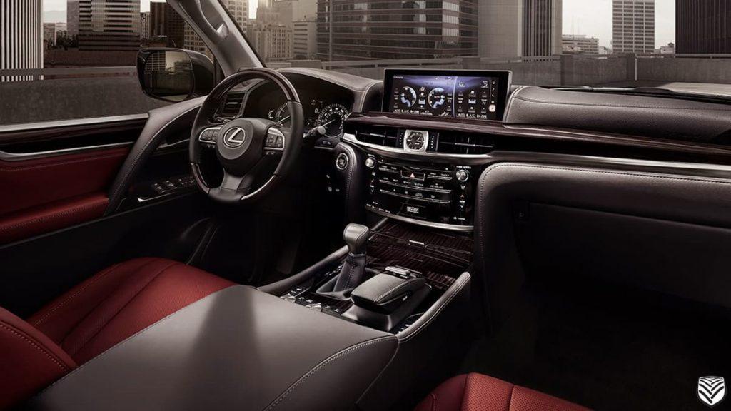 Lexus LX салон