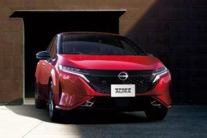 Nissan Note Aura нового поколения представил Nissan