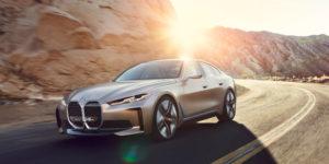 BMW i4 имеет в два раза больше предварительных заказов, чем iX